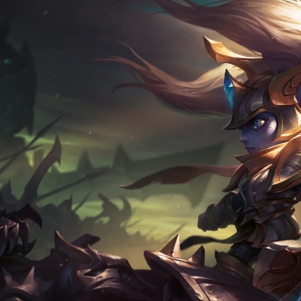 Battle Regalia Poppy